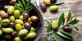 WHAT QUANTITY OF OLIVE OIL SHOULD CONTAIN A HEALTHY DIET?